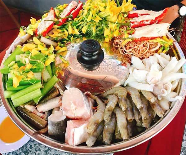Lẩu Mắm Miền Tây - Nhà Hàng Cơm Niêu ViVu Food Mũi Né